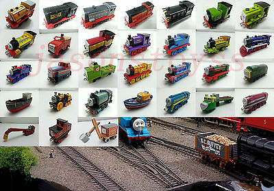 Mattel Thomas & Friends Railway Engine Magnetic Metal Toy Train Loose