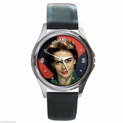 NATALIE WOOD VINTAGE STUNNING Round Silver Metal Watch Leather Band