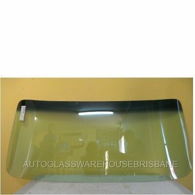 FORD CAPRI MK1 -1/1969 to 1/1980 - 2DR COUPE - FRONT WINDSCREEN GLASS - GREEN -