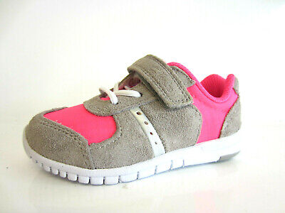 Clarks Girls Pink/Silver First Shoes Azon Jump G Fit RipTape Fasten UK 5 (KR)
