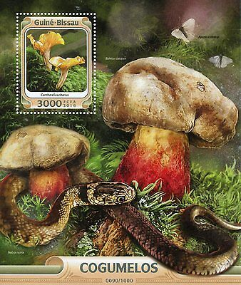 Guinea-Bissau 2016 MNH Mushrooms 1v S/S Nature Snakes