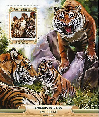 Guinea-Bissau 2016 MNH Endangered Animals 1v S/S African Wild Dogs Tigers