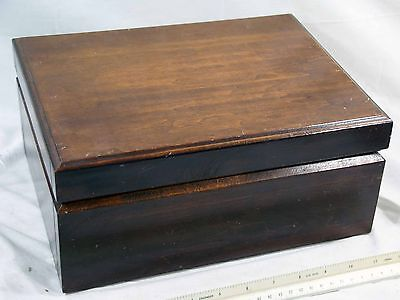 Solid Wooden Cigar Humidor with Humidifier / Hygrometer