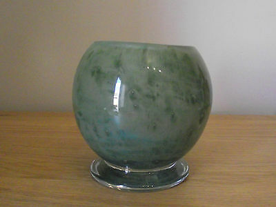 ATTRACTIVE 20th CENTURY MONART SCOTTISH GLASS VASE