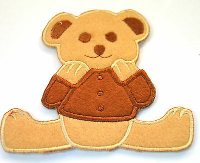 TEDDY BEAR SEATED PICNIC  Embroidered Sew Iron On Cloth Patch Badge APPLIQUE