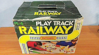 Rare Vintage 1977 Matchbox PL-4 Play Track Railway Playset