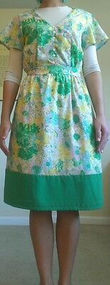 Woman's Forever 21 vintage style flower dress green/pink/yellow/white size xs