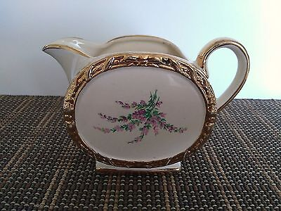 Sadler Made In England 1737 Vintage Beige Creamer Lavender Flowers Gold Trim