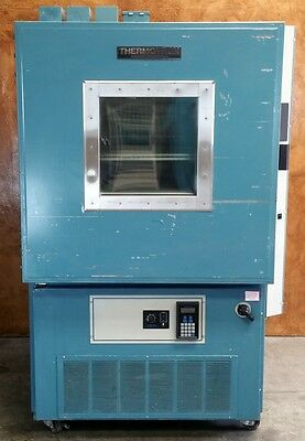 Thermotron S-32 Environmental Chamber * 3800 Digital Controller * 32 ft3 *Tested