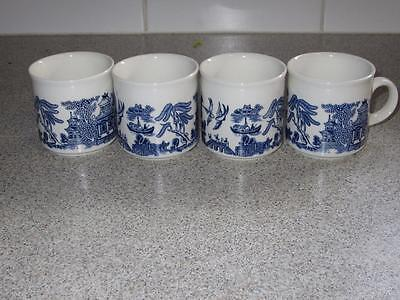4 NEW BLUE WILLOW CHINA  CHURCHILL made in ENGLAND SMALL COFFEE MUGS 6 CMS HIGH