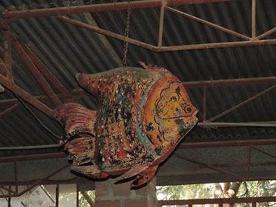 Bunter Fisch Metall Skulptur India Rajasthan Luxury Park