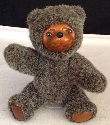 "Robert Raikes SIGNED Gray Jamie Jointed 9"" Bear #5453 -- Applause 1985 Wood Face"