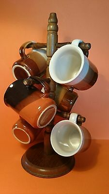 Retro/vintage 70s pottery brown 3 toned Coffee Mug set x 6 on wooden stand