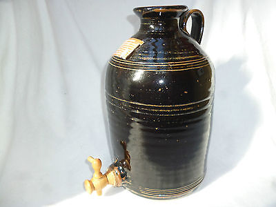 OLD GLAZED 4L STONEWARE PORT CROCK with TAP Yarra Glen Pottery - excellent cond