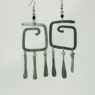 African Handmade Recycled Hand Hammered Aluminium Wire G earrings 171-106