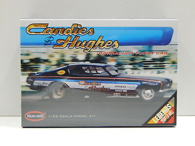 1:25 Candies & Hughes Barracuda Funny Car Polar Lights POL853