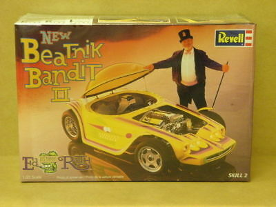 1:25 NEW BEATNIK BANDIT 11 ED ROTH Revell 85-7618