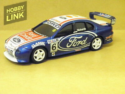 1:43 STEVEN RICHARDS FORD CREDIT 2001 SIGNATURE SERIES TOURING C Carlectables 43