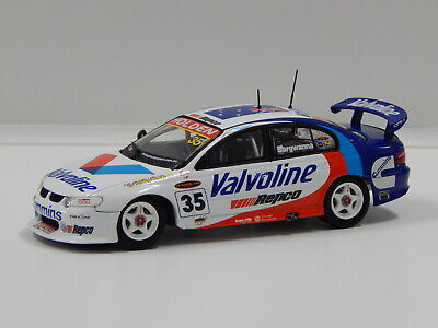1:43 Holden VX Commodore - Valvoline Racing (J.Bargwanna) 2002 #35 Carlectables