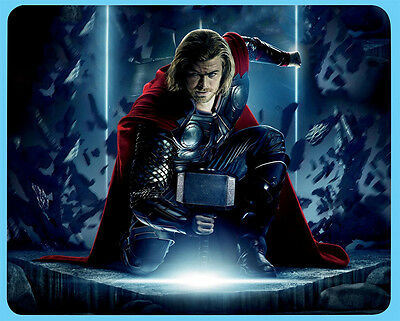 Thor Chris Hemsworth mouse mat Secret Santa Birthday gift idea D1