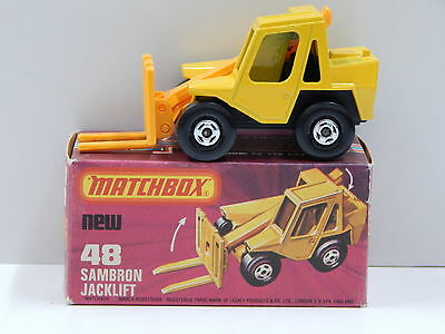 Sambron Jacklift (Yellow) - Made in England Matchbox 48