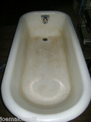 Vintage White Cast Iron Bath Tub 5' 5""