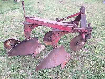 International Harvester 420 2 Bottom Trip 3pt Hitch IH Turning Plow On-Land Cat1