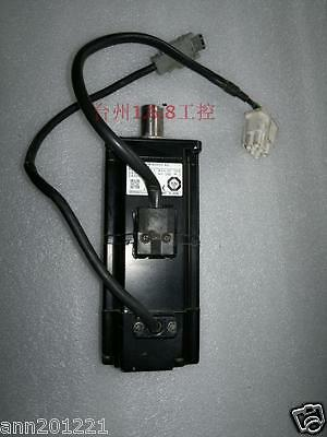 1PC  Used Omron servo motor R88M-W20030T-BS2