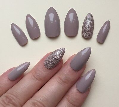 Hand Painted False Nails Stiletto (or Any Shape) Gloss vanilla nude & bronze UK