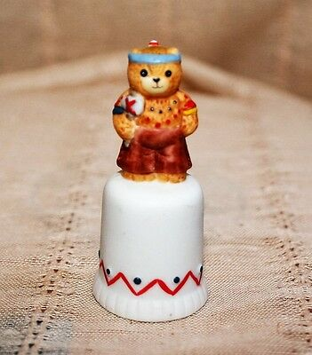 Collectible Enesco 1986 Lucy Rigg ...Lucy & Me Decorative Thimble