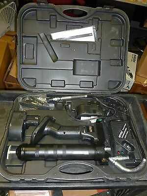 Cordless Grease Gun, Voltage 19.2 Battery Included, Cartridge Cap. 14oz