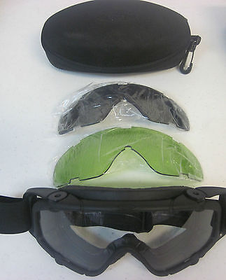 US Army Oakley Goggles Clear with Case And 2 Extra Lences Extremely Gently Used