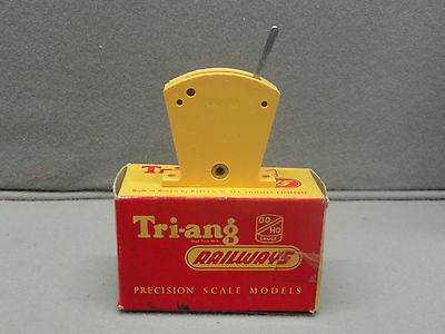 Tri-Ang Railways Triang RT.44 Yellow Lever Frame Section (No wires) in box