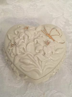 Lenox China 24K Gold Trim Butterfly's Delight Covered Heart Trinket Box