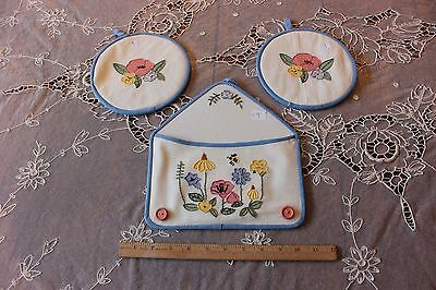 American Vintage c1938 Hand Embroidered Floral & Bee Kitchen Linens~ 3 Pieces