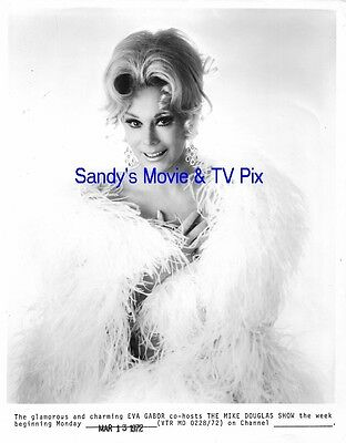 EVA GABOR Gorgeous ORIGINAL TV Photo THE MIKE DOUGLAS SHOW