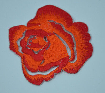 RED ROSE BLOOM PETALS  Embroidered Sew Iron On Cloth Patch APPLIQUE SEWING NEW