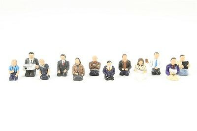 Seated Coach Passengers (x12) - Bachmann 36-408 - OO painted figures - free post