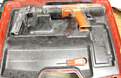 Hilti DX 351 Powder-Actuated Tool w/ X-MX32 Attachment and Case