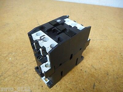 Moeller Electric DIL0M Contactor With 110/120V 50/60Hz Coil