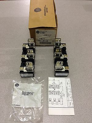 New In Box Allen- Bradley Fuse Block 1491-N126 Series A