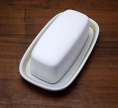 Denby Gourmet Covered Butter Dish 1/4lb White Tan England Kenneth Clark