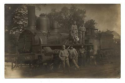 Carte Photo.train.locomotive En Gros Plan.cheminots.soldats.