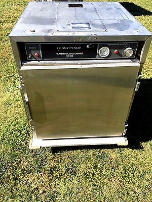 Henny Penny Heating Food Warmer Holding Cabinet HC-908 120 volts 2086 watts USA