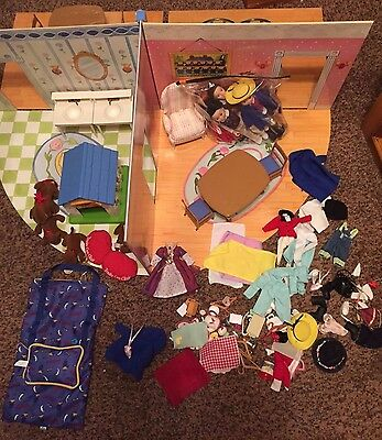 Madeline Fold Up Doll House Lots of Furniture,Clothes,Genevieve and House& Horse
