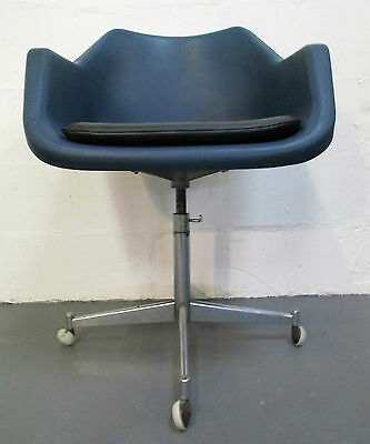 Very Stylish Hille Robin Day Polypropylene Rise And Swivel 50S Armchair
