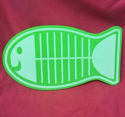Dog Cat Feeding Placemats GREEN White Fish Non Slip Place Mat 19 X 10.5 inch
