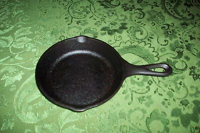Cracker Barrel OLD COUNTRY STORE Cast Iron 10 inch Pan WITH Basting LID VG CHEAP