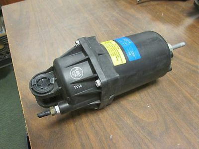 Johnson Controls Damper Actuator D-4073 8 to 13 PSI Spring Used