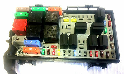 Relay Box likewise Vauxhall Corsa D 13 Cdti Engine Bay Fuse 282085979528 together with Og e2 9b49g furthermore Zafira Fuse Box also Fuse Box. on fuse box on a vauxhall zafira
